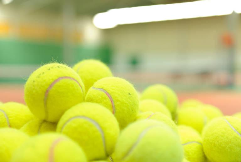 Tenisové kurty k pronájmu
